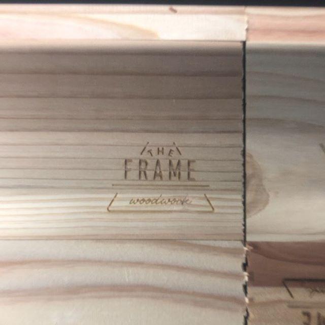 今日のREKENT!今日はレーザー加工機で彫刻︎試しに出力してみて、焦げ色の濃さ等チェックしています。そして告知です、、、!!12月7日 8日に開催予定の#fieldstylejamboree に出店します。オリジナルアウトドアグッズの販売、前回の出店の時にご好評頂いていたフォトブースもバージョンアップして登場します!木工ワークショップでは、アウトドアで人気のスパイスボックス作りを体験できるように準備を進めています。詳細またお伝えしますのでお楽しみに!!・・#rekent #woodwork #オーダー家具 #家具デザイン #店舗家具 #店舗設計 #家具工房 #オリジナル家具  #インテリア  #デザイン #インテリア雑貨 #アウトドア  #キャンプギア #フィールドスタイル2019 #木工作品 #木工家具 #木工機械 #ワークショップ #ワークショップイベント #木工ワークショップ #fieldstyle2019 #fieldstylejamboree #レーザー加工機 #レーザー加工 #スパイスラック #スパイスボックス #スパイスラックdiy